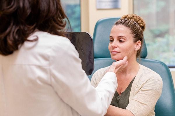 تزریق ژل در مطب