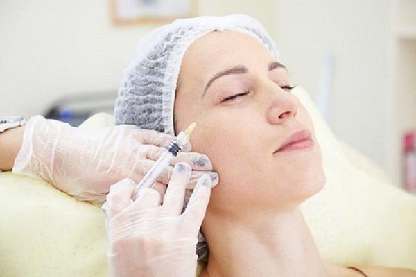 تزریق بوتاکس چشم چطور انجام می شود؟
